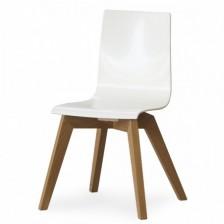 Sedia in plastica e legno